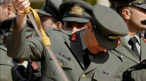 Τελεσίγραφο τριών ημερών δίνουν οι στρατιωτικοί στο Χαρδούβελη