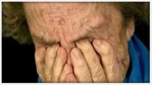 Μεγάλο ήταν το σοκ για μία 85χρονη η οποία ενώ περίμενε αναδρομικά το ΕΚΑΣ πήγε στην τράπεζα και είδε το υπόλοιπο του λογαριασμού της.